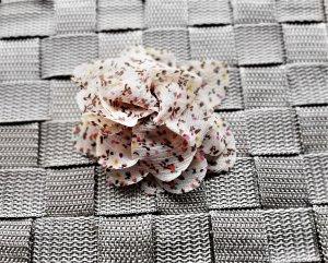 Etsy Brosche / Haarspange Stoffblume im Vintagelook