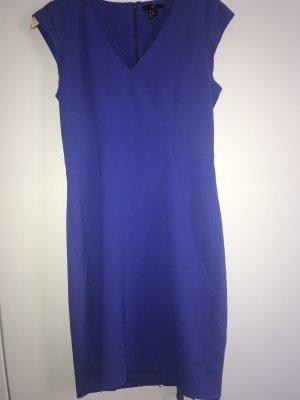 Etui-Kleid blau