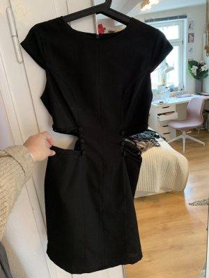Etui Kleid mit Details in der Taille