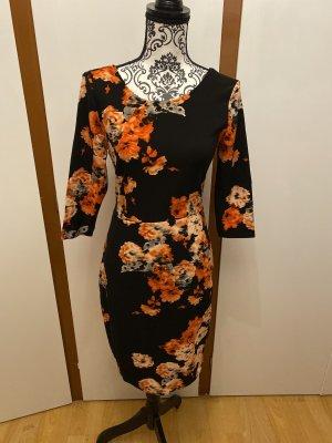 Etui Kleid mit Rosen Gr.S