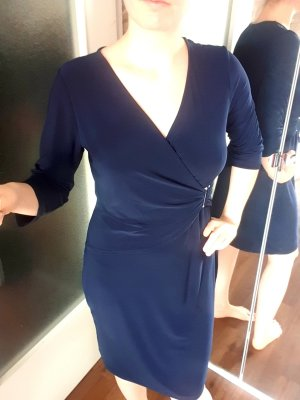 Etuikleid blau martim Wickeloptik