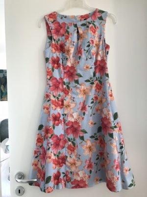 Etuikleid Businesskleid Sommerkleid hellblau Blumenmuster, Orsay 38