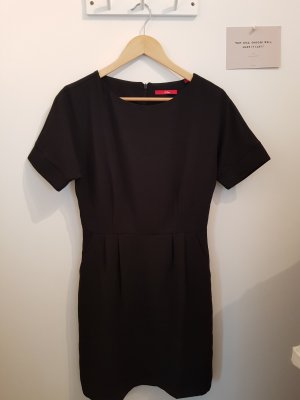Etuikleid / kleines Schwarzes / Business-Kleid
