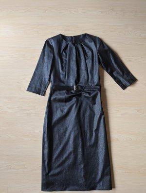 Handmade Robe crayon noir