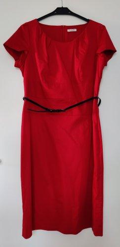 Christian Berg Sheath Dress red