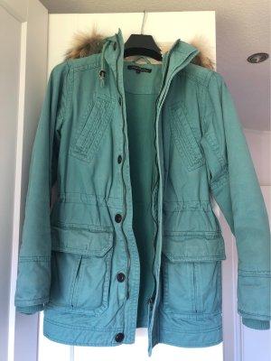 Etwas dickere Jacke von Avant Première