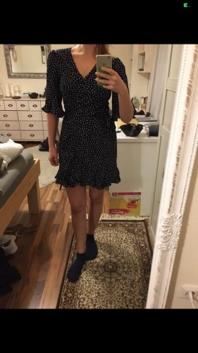 Vestido cruzado blanco-azul oscuro