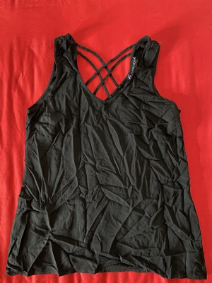 Even & Odd V-Neck Shirt black