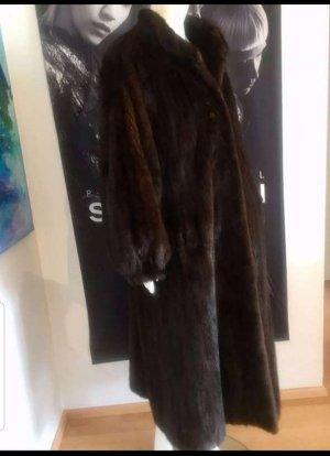 Götz Abrigo de piel marrón oscuro