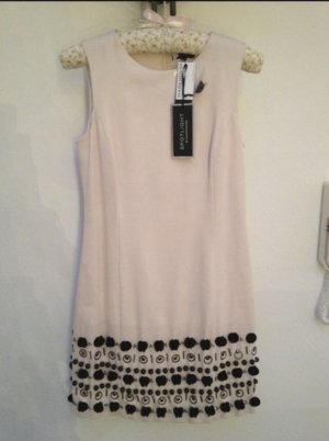 Exklusives Kleid ASOS