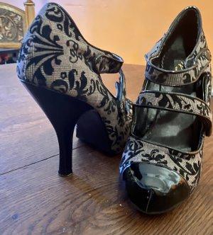 Extravagante High Heels von Pin Up Couture
