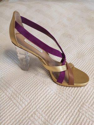 Extravagante Sandalen von DVF