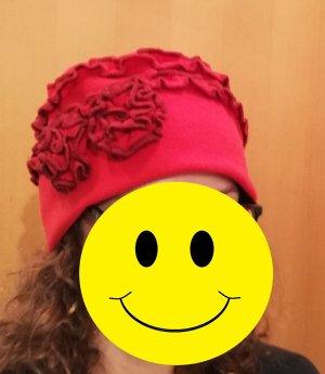 Extravagante/Statement Mütze mit Blumen