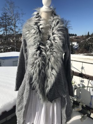 aus Italien Veste en tricot gris foncé