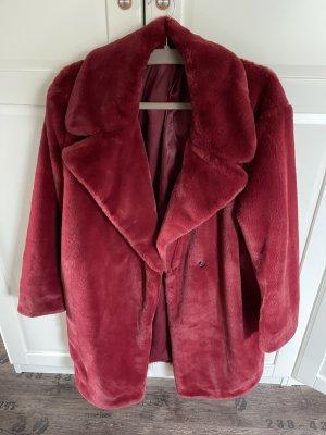 Extravaganter Mantel von Sisley