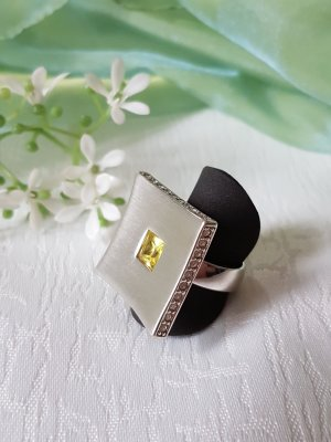 Extravaganter Pierre Lang Ring