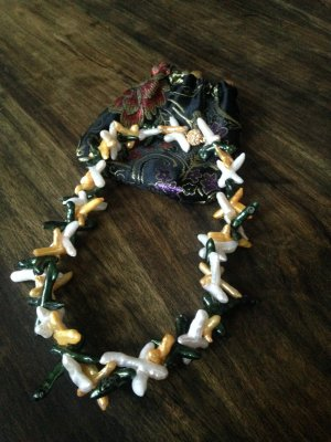 Extravagantes Perlencollier