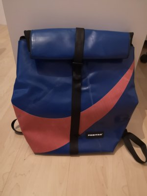 Freitag Laptop Backpack bright red-steel blue