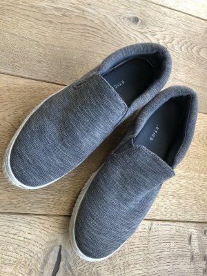 Fabletics Slipper 37