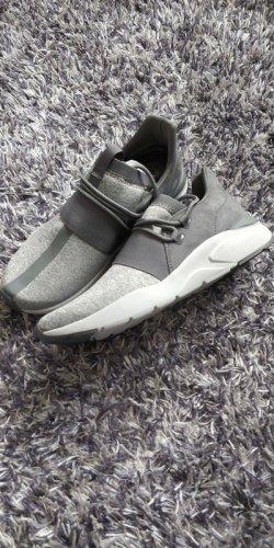 Fabletics Zuma Studio Sneaker, Größe 37.5 , brandneu!