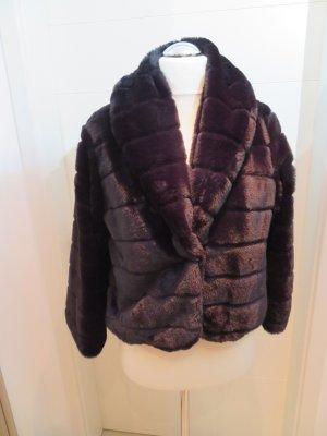 Fake Fur Hacke von Rinascimento XL schwarz