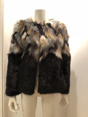 Fake Fur  Jacke NEU in 36
