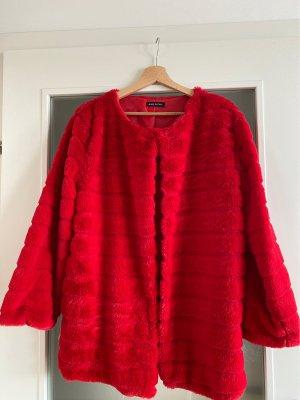 Fake Fur Mantel in schönen kräftigen rot ( passt für Xs/s/m)