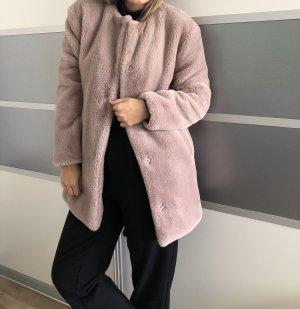 Fake Fur Mantel von Zara
