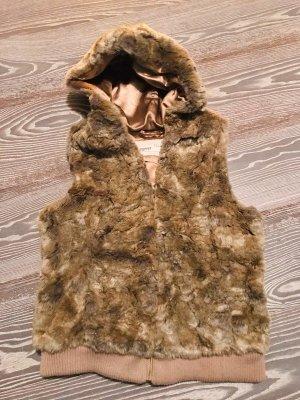 Fake Fur Weste Esprit