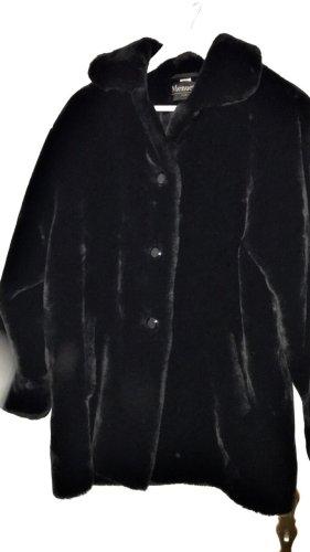 Cappotto in eco pelliccia nero Pelliccia ecologica