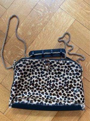 Fakefur Tasche mit Leoprint