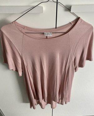 Fallendes T-Shirt
