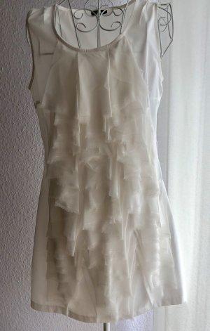 Falten Kleid