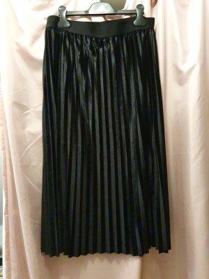 Urban Classics Plisowana spódnica czarny