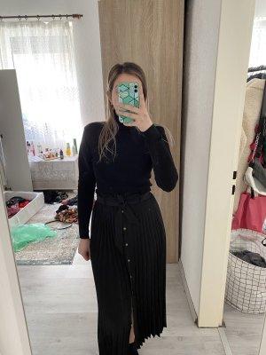 Faltenrock in schwarz