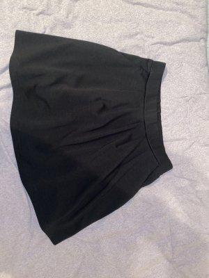 Faltenrock mit Taschen