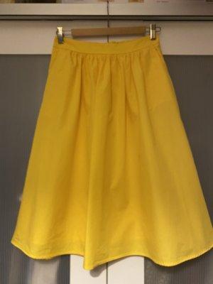 Reserved Plisowana spódnica żółty