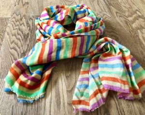 Farbenfroher dünner Schal in toller Qualität