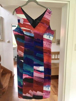Farbenfrohes Kleid von Jones