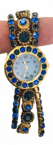 Reloj con pulsera metálica azul