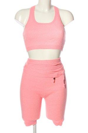 Fashion Nova Gebreide twin set roze casual uitstraling