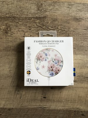Fashion QI Charger Floral Romance von iDeal of Sweden