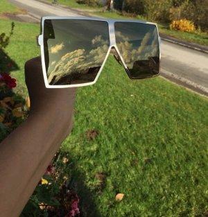 Fashion Sonnenbrille mit verspiegelten Gläsern, Einzigartiges Design