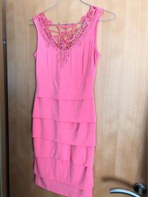 Fashionable Flamingo-Kleid mit angesafter Spitze