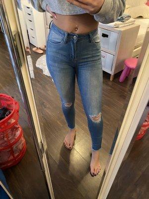 FashionNova Jeans Reisverschluss