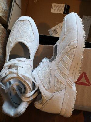 Fast neu sneakers, Leder, adidas