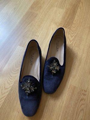 Fast ungetragene Loafer/Slipper in dunkelblau