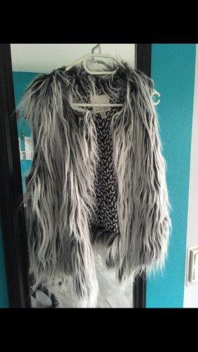Faux Fur Weste Fake Fur Weste Blogger
