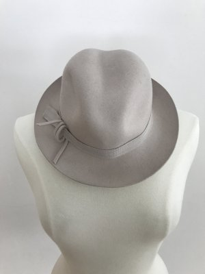 Favorit Miękki kapelusz z szerokim opuszczonym rondem jasnobeżowy-kremowy