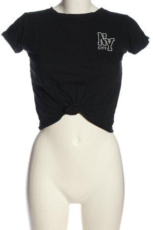 FB Sister Camiseta estampada negro letras impresas look casual